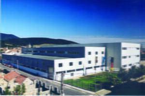 """Draexlmaier anunţă investiţii de """"zeci de milioane de euro"""" la Codlea"""