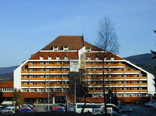 Hotelul Orizont rămâne gaj la bancă pentru un credit de 3,4 milioane de euro