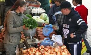 Cartofii şi fasolea s-au scumpit în august cu aproape 10%