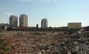 Miliardarii Ţiriac şi Adamescu îşi pasează terenul fostei fabrici Lemexim
