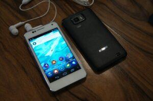 Braşovenii de la Visual Fan recomandă upgradarea softului de pe telefoanele P5 Alldro