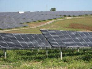 O firmă italiană va construi un proiect solar de 10 milioane de euro la Zărneşti