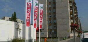Administratorii reţelei Spar au închis opt magazine în 2012
