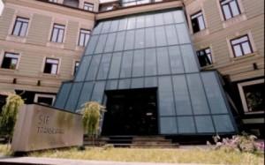 O firmă braşoveană, implicată în furtul unor acţiuni de 200.000 de euro