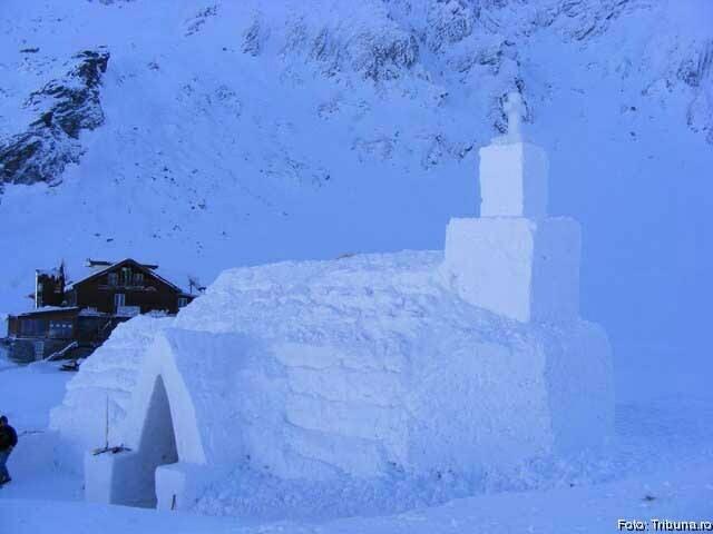Biserica de Gheaţă de la Bâlea Lac va fi inaugurată pe 1 februarie