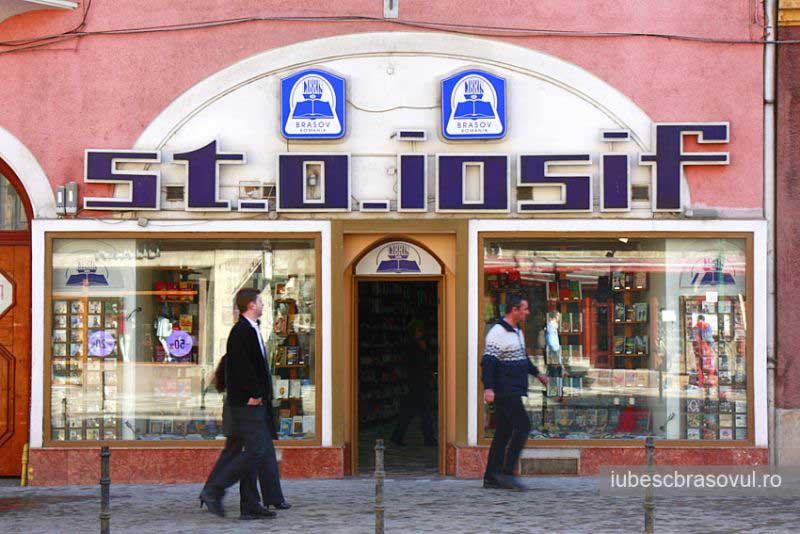 Libris va deschide cel mai mare depozit de carte din ţară la Braşov