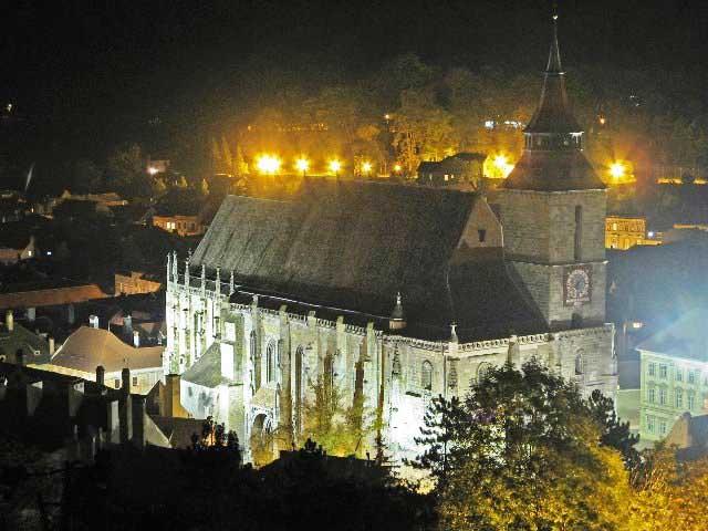 Biserica Evanghelică spune că cere chirii modice pentru clădirile operate de CJ Braşov