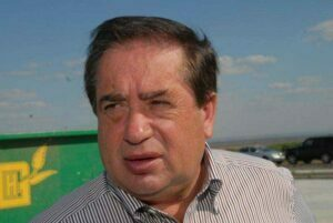 Proprietarul Nitroporos şi Viromet vrea să cumpere şi Oltchim