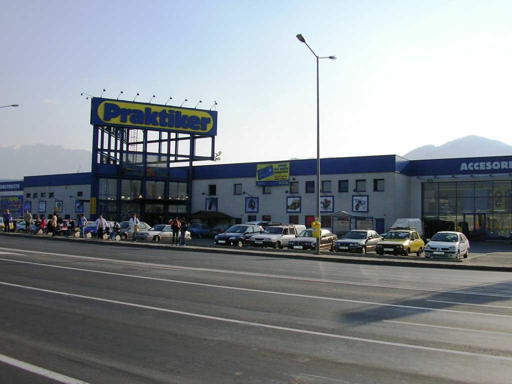 Clădirea Praktiker din Brașov a fost vândută din nou