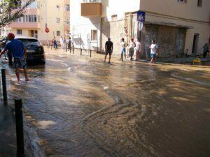 Inundatie Mircea cel Batran Compania Apa (6)