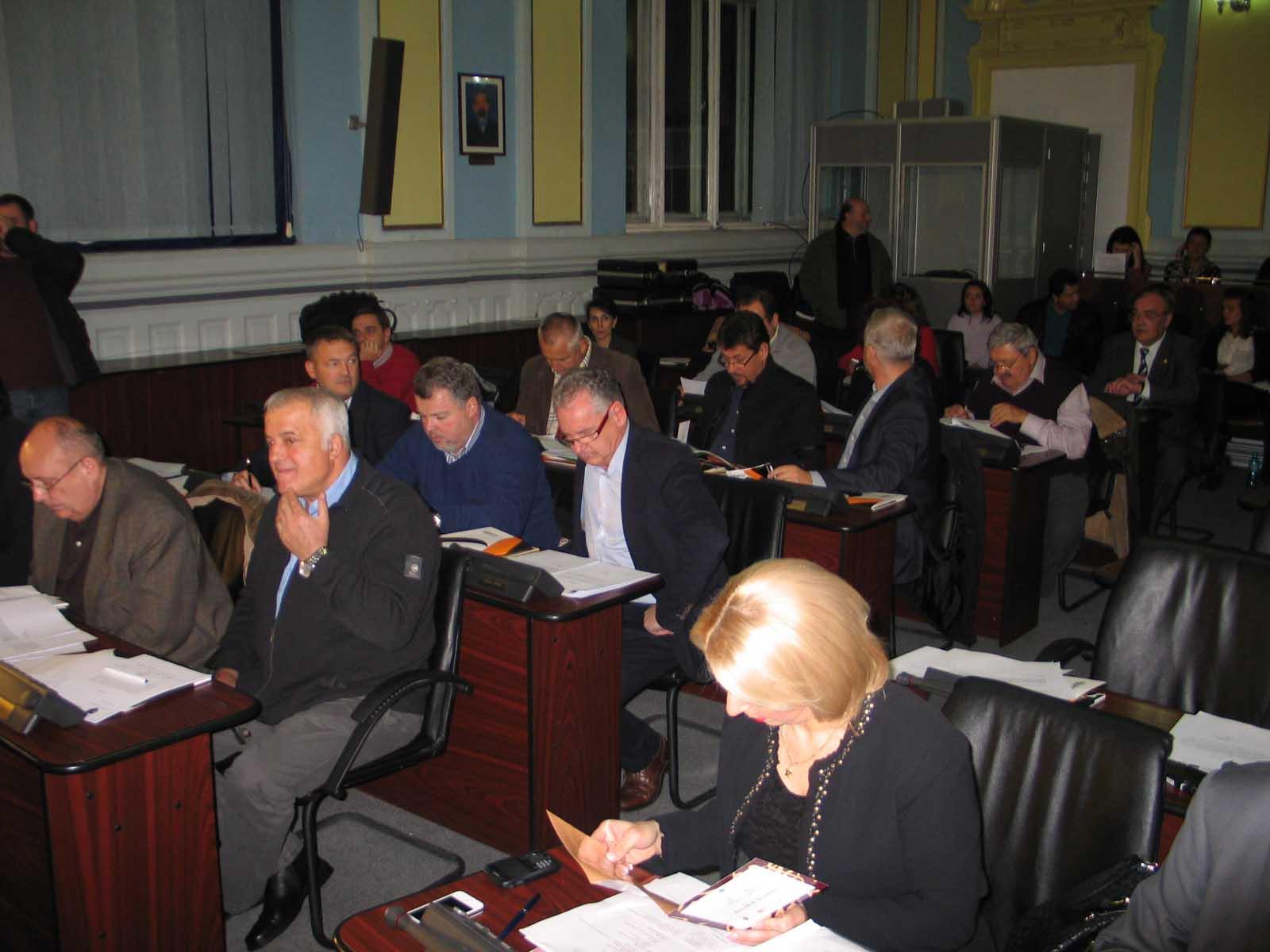 """Cum a împărţit Consiliul Judeţean banii primiţi """"de sus"""", pentru cele 58 de localităţi ale Braşovului"""