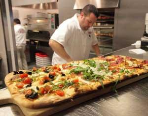 Experţii culinari din Napoli vor veni în august, la Braşov, cu un festival inedit dedicat pizzei