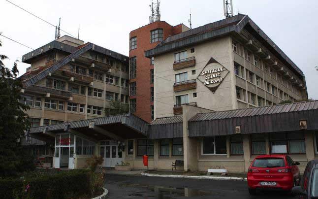 Antenele de telefonie mobilă de pe Spitalul de Copii, un pericol pentru micuții pacienți?!