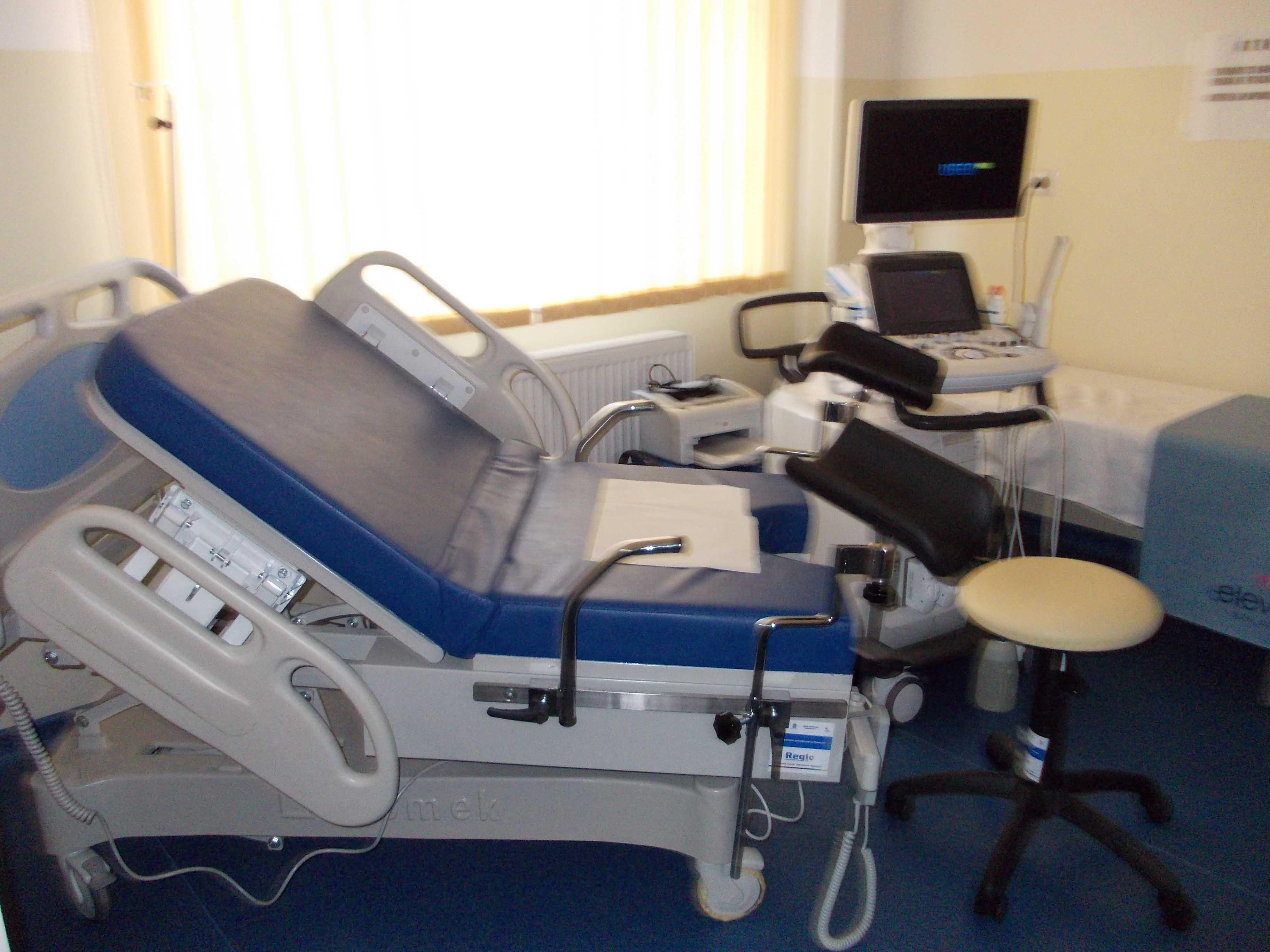 Echipamente și aparatură medicală de aproape 440.000 de lei pentru maternitatea brașoveană