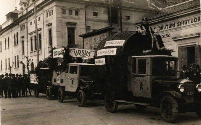 """""""Regele berii"""" din România este de fapt """"un prinţ"""" braşovean. Fraţii Czell au achiziţionat la începutul anilor 1900 fabrica de bere din Cluj, înfiinţând brandul Ursus în 1927"""