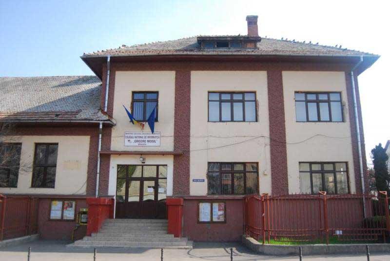 Brașovul nu s-a grăbit să cheltuiască cele 12,5 milioane de lei de la elvețieni pentru reabilitarea inteligentă a două școli