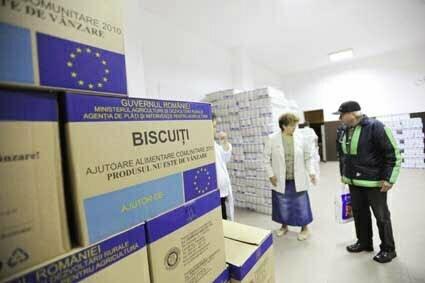 """Alimentele europene rămân """"pe drum"""". Nu este încă o procedură clară în privinţa distribuţiei acestora"""