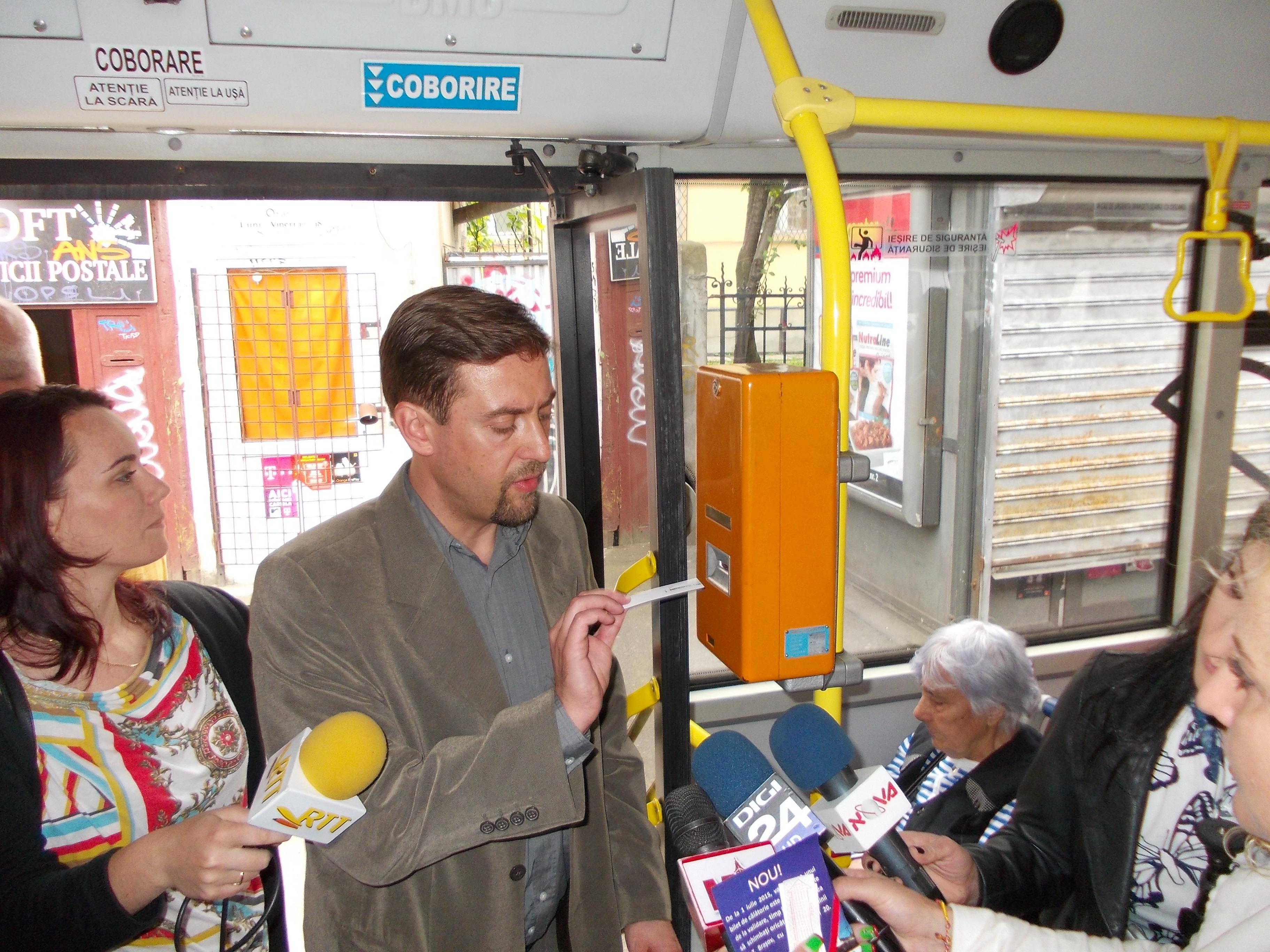 RATBV SA introduce de la 1 august un nou sistem electronic de plată a călătoriei