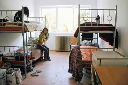 Universitatea Transilvania începe campania de reparaţii în căminele studenţeşti