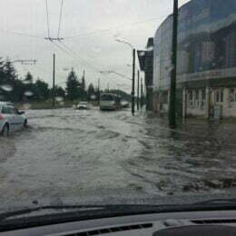 """Chiar dacă nu s-a prea văzut, lucrările """"anti-inundație"""" din zona Stadionului Tineretului au început de ceva vreme"""