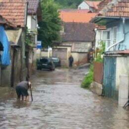 Județul Brașov a decontat peste 10.000 de lei pentru reparațiile necesare după inundații
