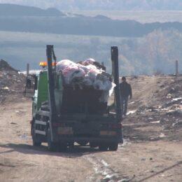 Poate din 2019 va reuși și Brașovul să înceapă să gestioneze corect problema deșeurilor. După ce am ratat banii europeni, este nevoie de o nouă tevatură birocratică pentru a accesa alte fonduri
