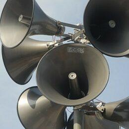 Exerciţiul de testare a sirenelor în Brașov a început. Vor fi transmise şi mesaje de avertizare vocală