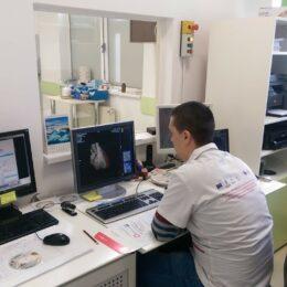 Ieșenii de la Scan Expert au adus la Brașov cel mai nou echipament de imagistică medicală al celor de la Siemens