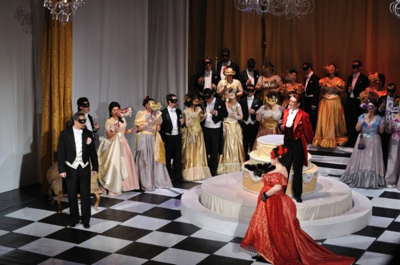 opera brasov program luna octombrie