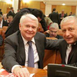 """""""Somitățile pădurii"""" – Adam și Hrebenciuc – așteaptă să afle câți ani de pușcărie vor face într-un dosar în care statul a fost păgubit cu 300 de milioane de euro"""
