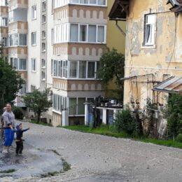 VIDEO Conductă magistrală de apă din Brașov, spartă pentru a doua oară într-o săptămână