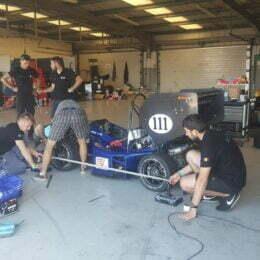 VIDEO Studenții brașoveni, mai buni decât cei de la Cambridge sau Liverpool la cursa de Formula Student de la Silverstone