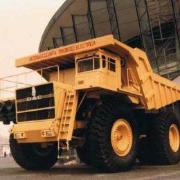 """Brașov: orașul unde Ceaușescu și-a proiectat """"camioanele gigant"""" cu propulsie electrică, ce utilizau o tehnologie similară cu cea întâlnită astăzi la mașinile Toyota Prius"""