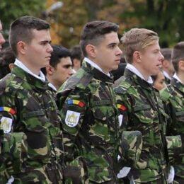 Ministerul Apărării Naţionale recrutează absolvenți de liceu, la Brașov