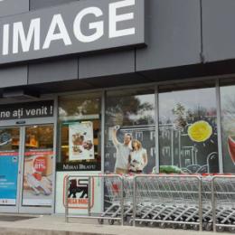 Mega Image dublează primele de Crăciun pentru angajații din linia întâi, din magazine și depozite. Valoarea totală a bonusurilor ajunge la 945.000 euro
