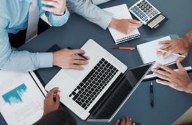 Antreprenorii și freelancerii români se pot înscrie la un program european de dezvoltare a abilităților digitale și de gândire creativă în business