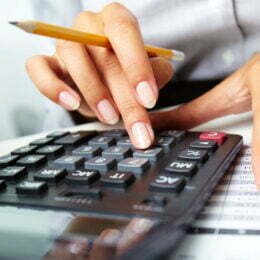 STUDIU Românii din domeniul financiar-contabil au fost cei mai activi în căutarea unui job. Peste 30.000 de aplicări în luna octombrie