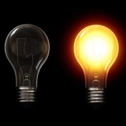 Termenul până la care românii pot alege un furnizor de energie de pe piața concurențială a fost extins până la 30 iunie