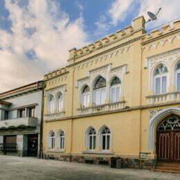 Britanicii de la Sotheby's scot la vânzare Casa Gheorghe Nica cu 1,3 milioane de euro, cu 250.000 de euro mai mult decât anul trecut
