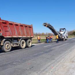 Peste 5 milioane de lei pentru repararea gropilor de pe drumurile naționale care traversează Brașovul