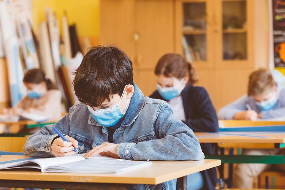 elevi scoala 2,9 milioane de elevi