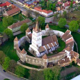 Locuri din apropierea Brașovului, bune de vizitat în weekend, care devin din ce în ce mai populare printre turiștii români