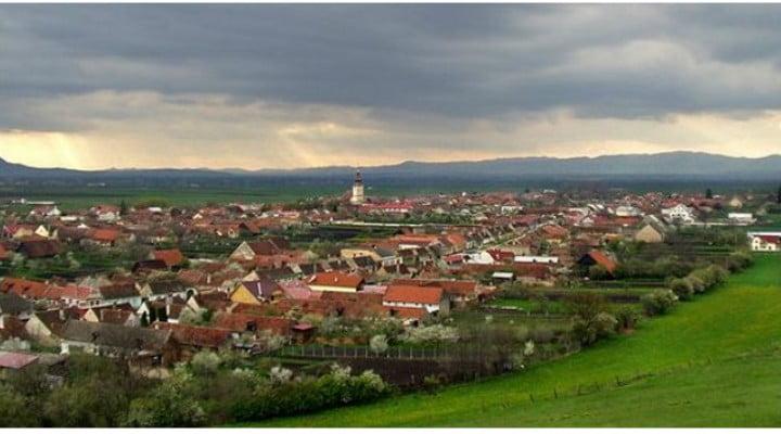Comuna Sânpetru, sat săsesc, vedere de pe Dealul Lempeș