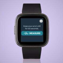 Românii își vor putea analiza variațiile ritmului cardiac cu ajutorul unui ceas inteligent. Aplicația poate detecta persoanele care suferă de fibrilația atrială