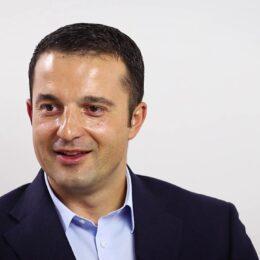 Antreprenorul brașovean Iulian Enache prevede o amânare a demarării de proiecte rezindețiale noi până la identificarea tendințelor din economie