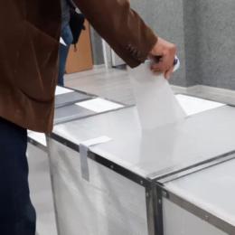 PNL și USR PLUS, scăderi importante în sondaje înaintea scrutinului de duminică