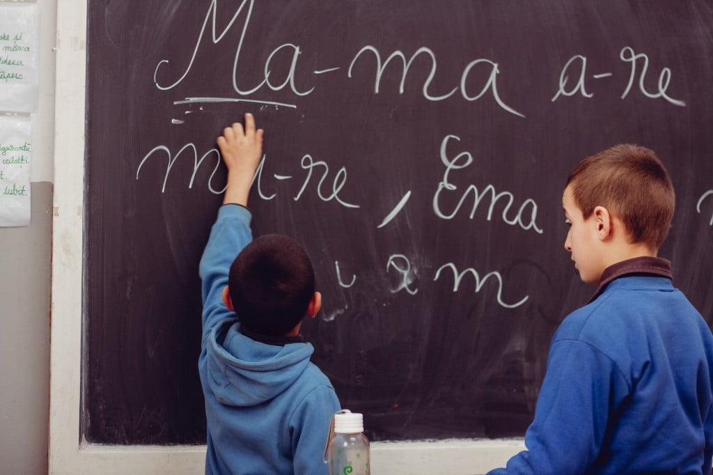 Experiența de a fi învățătoare în cea mai mare comunitate de romi din țară, Gârciniul. Să-ți motivezi elevii să vină la școală, una dintre cele mai mari provocări