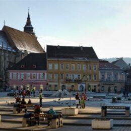 Turism de pandemie: Brașovul a atras peste 83.000 de turiști în luna septembrie. În primele nouă luni, doar 533.000 de turiști s-au cazat în județ