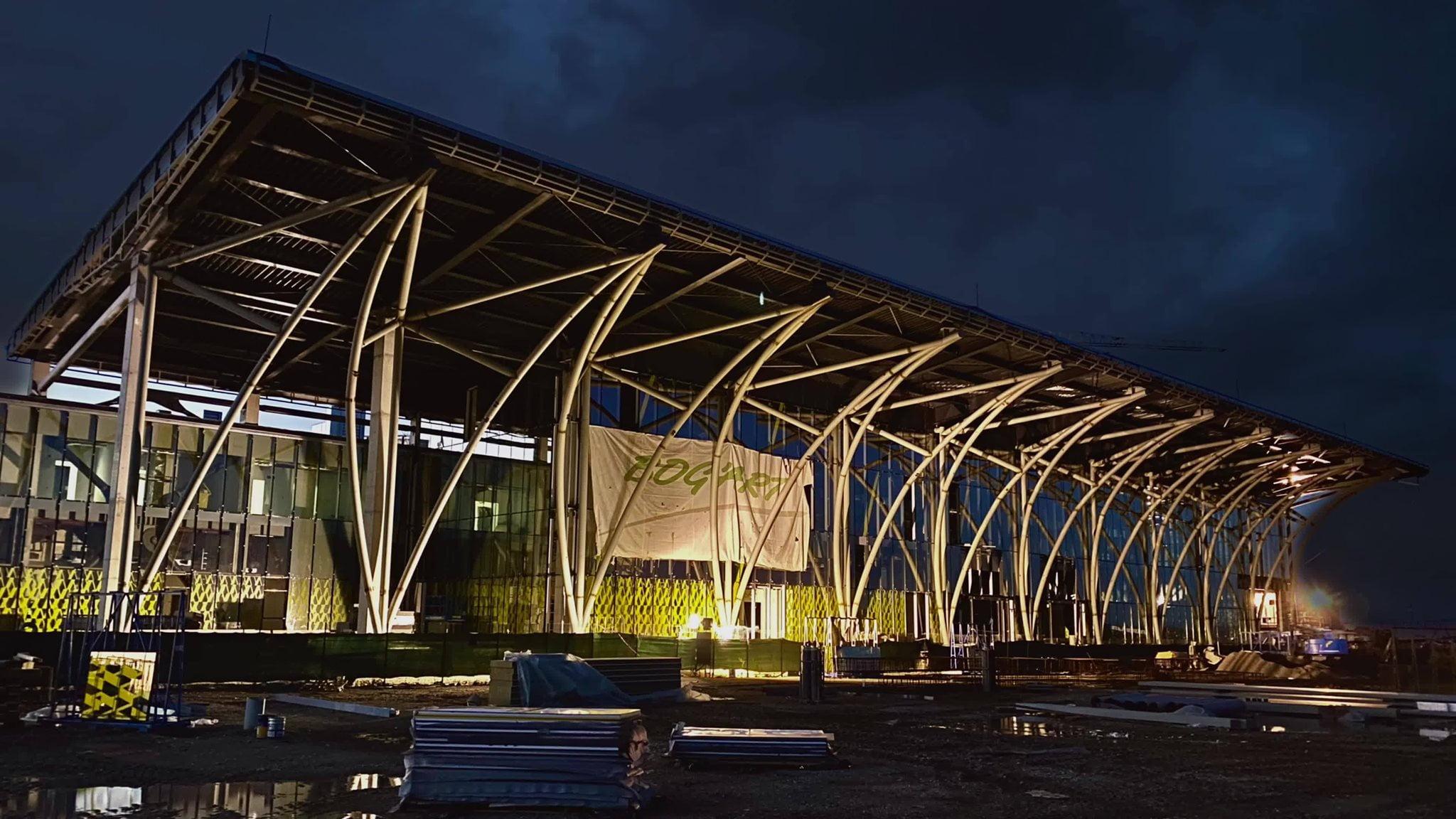 Compania care a amenajat terminalul de 30 de milioane de euro de la Ghimbav, în topul companiilor din domeniul construcțiilor, în ultimii 10 ani