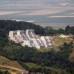 """Israelienii de la Season Residence au vrut să se extindă la Brașov, într-un """"cadru natural deosebit"""", însă proiectul le-a fost respins de Primărie"""